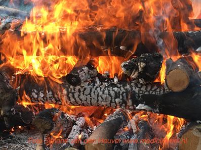 Zweethutceremonie vuur